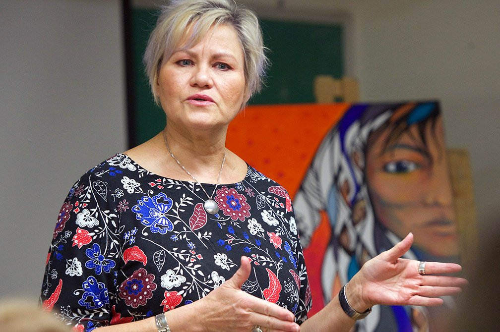 Expressive Arts Therapy: The Healing Power of the Indigenous Woman